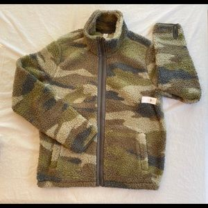 Old Navy Cozy Sherpa Camo Zip-Front Jacket Tall L
